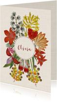 Hippe geboortekaart met krans van vintage bloemen.