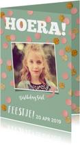 Kinderfeestje voor meisje met foto en confetti