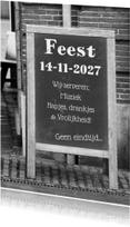 Uitnodigingen - Krijtbord feest zelf invullen b