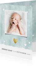 Lief geboortekaartje met waterverf en hartjes voor jongen
