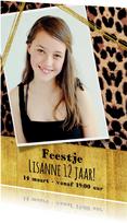 Uitnodiging meiden feest stoere foto kaart met panterprint