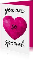 Valentijnskaart voor vrouw met roze low poly hart