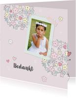 Bedankkaart communiefeest meisje met bloemen