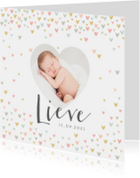 Geboortekaartje lief meisje met hartjesregen en foto's