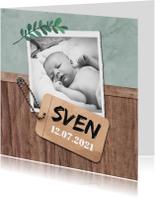 Geboortekaartje stoer met hout en label
