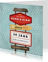 Jubileum uitnodiging retro vintage wegwijzers met hartjes