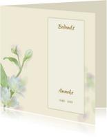 Mooie bedankkaart met zachte bloemen en tekstvoorstel