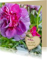 Mooie beterschapskaart met anjer en hart voor een senior