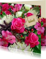 Mooie bloemenkaart met Rozen en Chrysanten in boeket