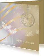 Nieuwjaarskaart bruin met klok op 5 voor 12