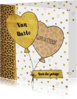 Verjaardagskaart met panterprint  en hartjes ballonnen