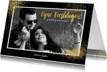 Kerst feestelijke fotokaart met vele gouden sterretjes