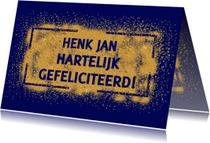 Mooie verjaardagskaart met goud-kleur op blauwe achtergrond