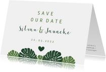 Save the date kaart botanisch met grote bladeren