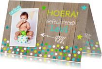 Verjaardagskaart foto jongen confetti hout