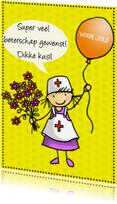 Beterschapskaarten - Anke met ballon en verpleegsterpak