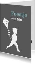Kinderfeestjes - Feestkaartje jongen met vlieger