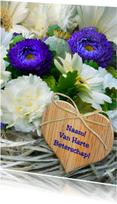 Beterschapskaarten - Foto bloemen en vlechtwerk hart c