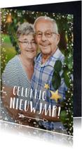 Nieuwjaarskaarten - Nieuwjaarskaart met grote foto en witte confetti rondom