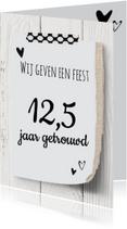 Jubileumkaarten - uitnodiging 25 jaar getrouwd - hout  design LO