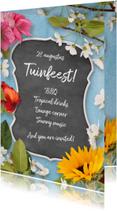 Uitnodigingen - Uitnodiging tuinfeest krijtbord en bloemen