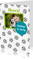 Verjaardagskaarten - Verjaardagskaart voetballen foto