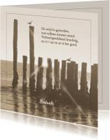 Rouwkaarten - Bedankkaart met zeewering aan strand