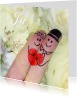 Bruidspaar vingerpopjes trouwkaart rozen