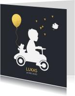 Geboortekaartjes - Geboortekaart silhouet op trapauto jongen