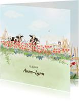 Geboortekaartjes - Geboortekaart vrolijke bloemenweide met koeien