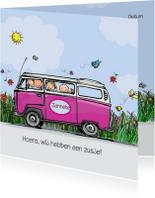 Geboortekaart VW bus roze met zus