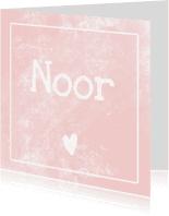 Geboortekaartjes - Geboortekaartje met stoere roze achtergrond