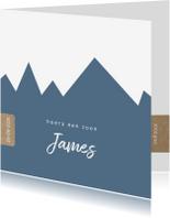 Geboortekaartjes - Hip geboortekaartje met blauwe bergen achtergrond