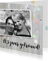 Jubileumkaarten - Hippe feestkaart met confetti en eigen foto