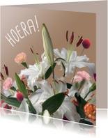 Felicitatiekaarten - HOERA met boeket vk
