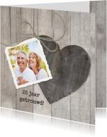 Jubileumkaarten - Houten Hart 25 jaar getrouwd