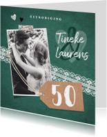 Jubileumkaarten - Jubileum uitnodiging vintage met kant, label en eigen foto