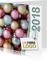 Zakelijke kerstkaarten - Kerstballen pastel label logo boog 2018