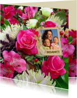 Mooie bloemenkaart met Rozen en Chrysanten en foto