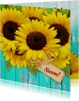 Bloemenkaarten - Mooie bloemenkaart Zonnebloemen op schutting