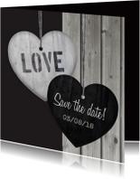 Trouwkaarten - Save the date Hout Hart hangers