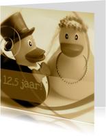 Jubileumkaarten - Sepia bruidspaar-eendjes jubileumkaart