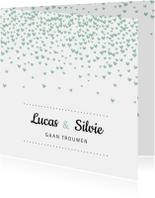Trouwkaarten - Trouwkaart met mintgroene hartjesconfetti