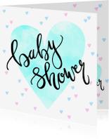Uitnodigingen - Uitnodiging babyshower hartjes en tekst blauw roze