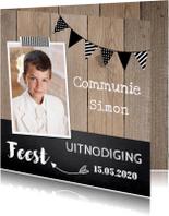 Communiekaarten - Uitnodiging communie foto slinger hout krijtbord