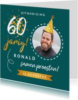 Uitnodigingen - Uitnodiging verjaardag stijlvol en hip met goud en foto