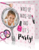 Verjaardagskaarten - Verjaardagskaart meisje tiener met spiegel make-up
