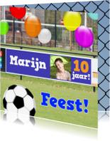 Kinderfeestjes - Voetbal reclame jarige zelf invullen