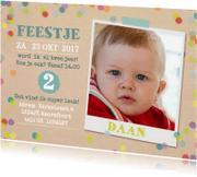 Kinderfeestjes - Karton look met confetti