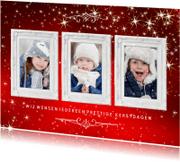 Kerstkaarten - Kerstkaart 3 klassieke witte lijstjes op rode achtergrond